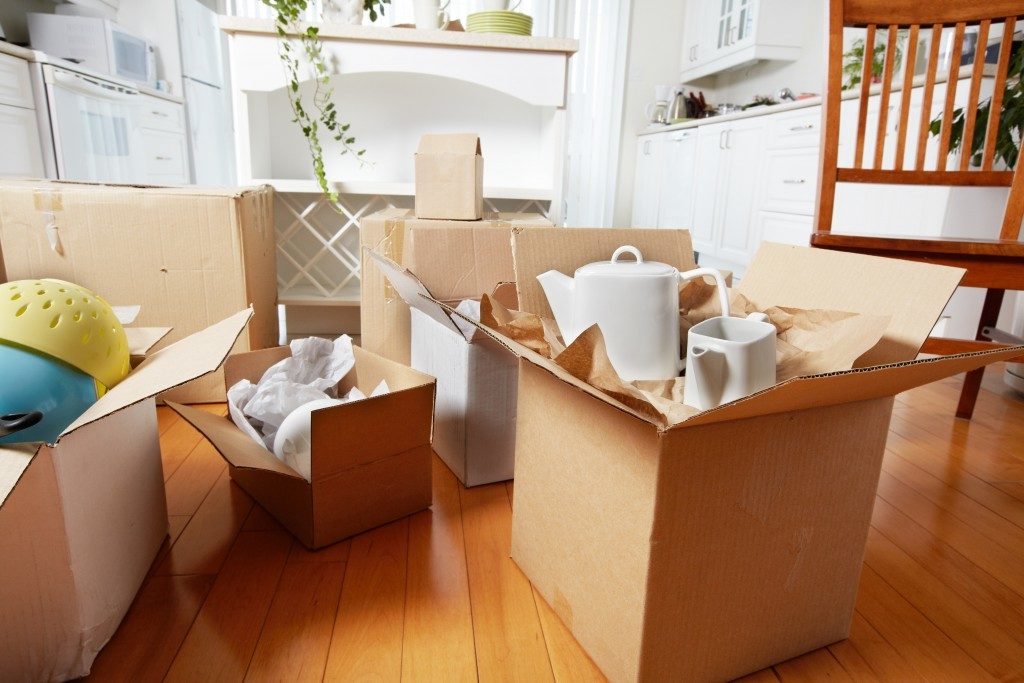 kitchenwares packed in a box