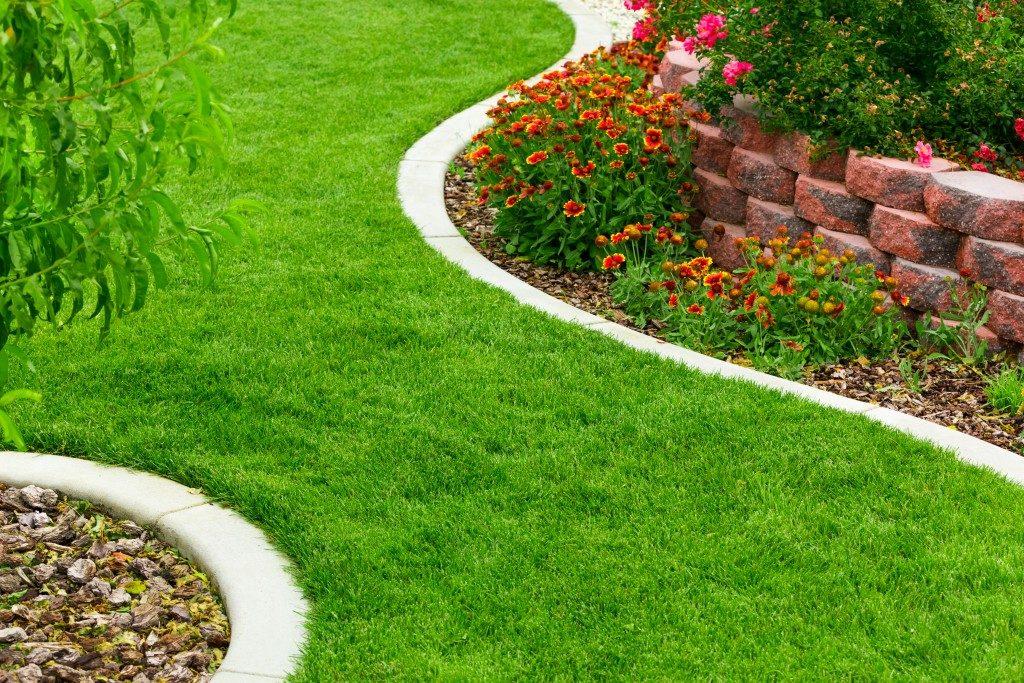 Garden curved adges