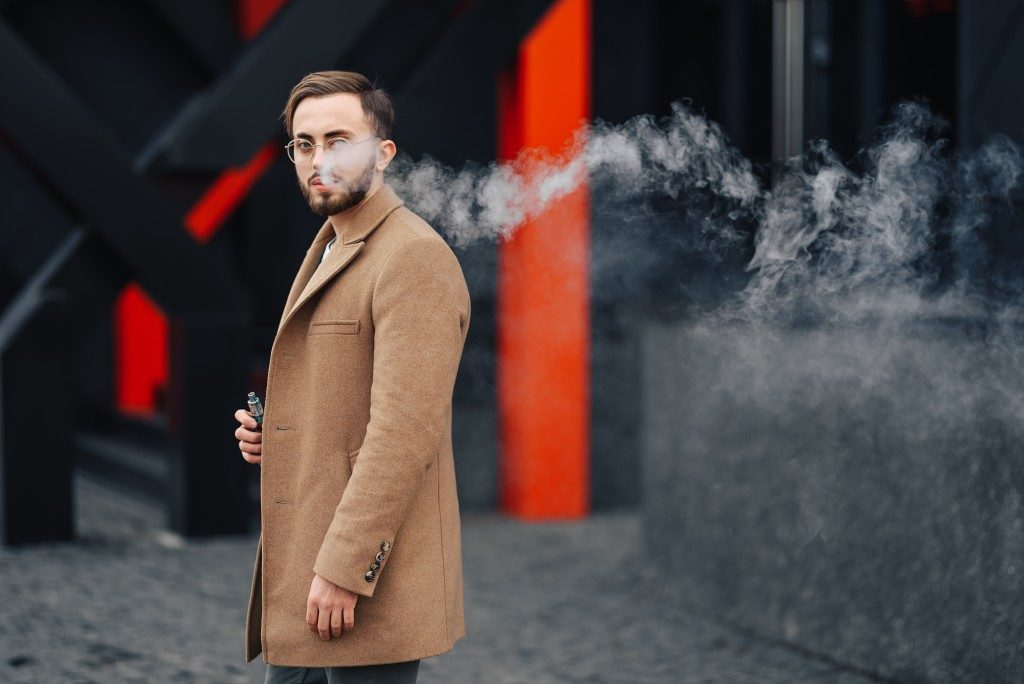Man wearing streetwear fashion