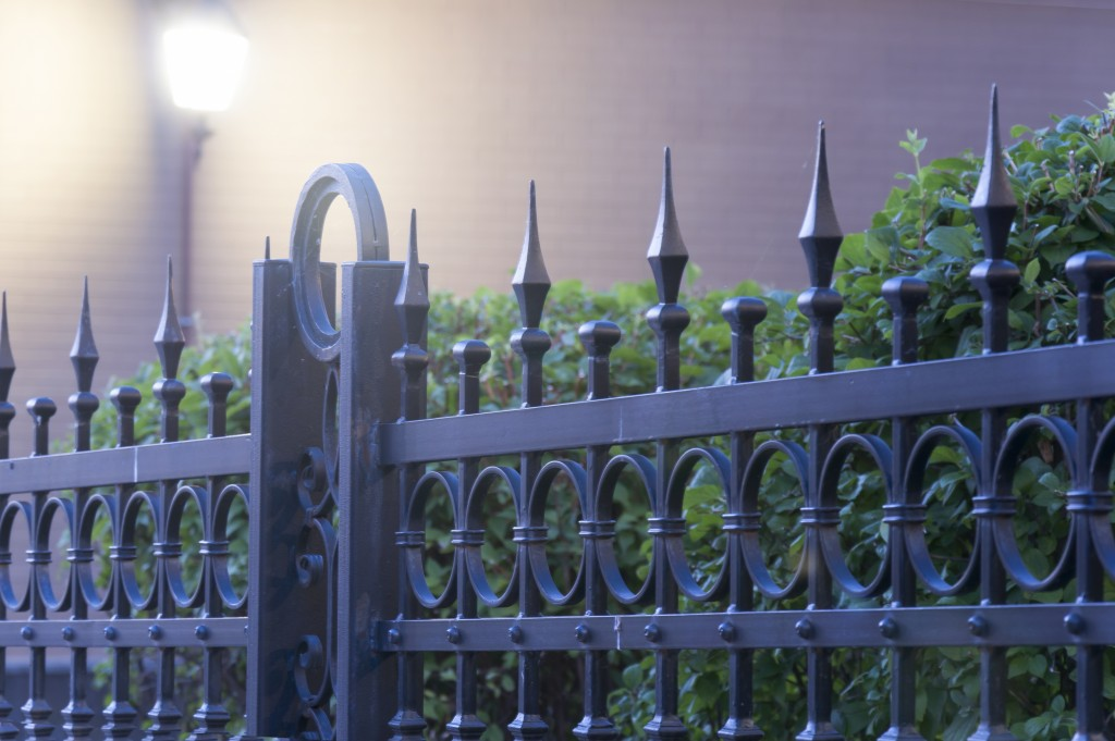 A Review of Popular Residential Fence Materials